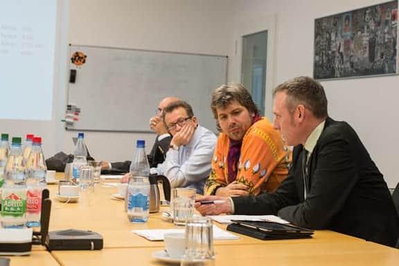 Jury-Sitzung zur Wahl der Handwerkerseite des Jahres